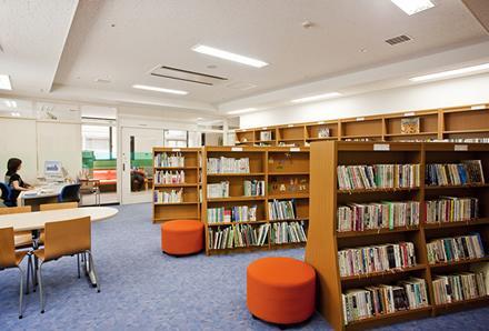 ②こまくさ図書室イメージ1